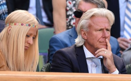 Bjorn Borg Predicts Roger