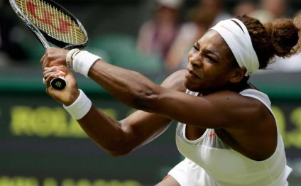 Wimbledon: Fired-up Serena