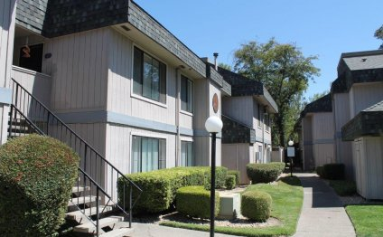 Wimbledon Square Apartments Lodi CA